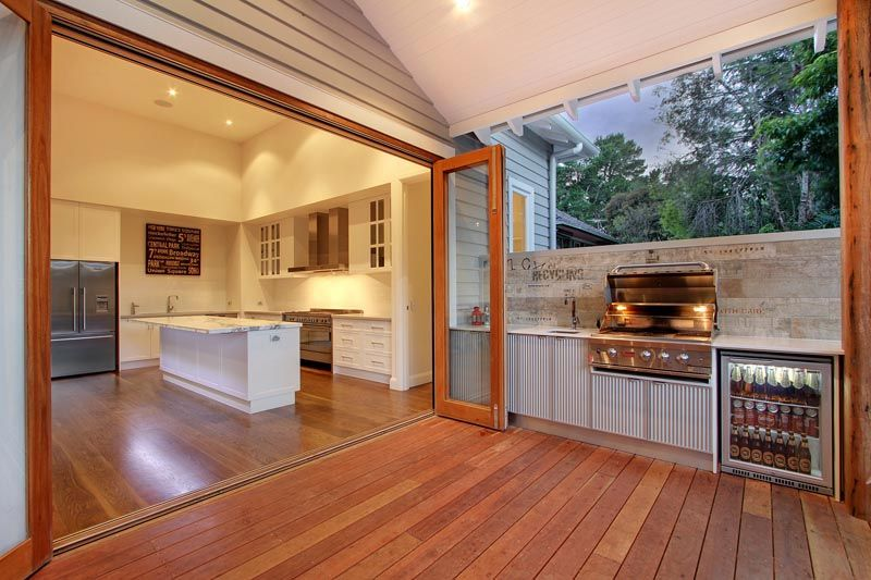Pin By Composite Decking Supplier On Ben And Michelle Mont Albert North House And Home Magazine House Deck Luxury House Designs