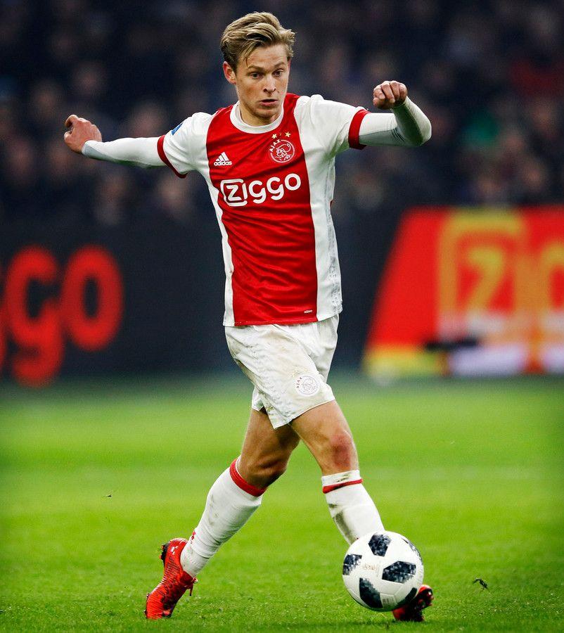 Ajax Vertrouwt In Topper Op Meesterpasser De Jong Foto Adnl