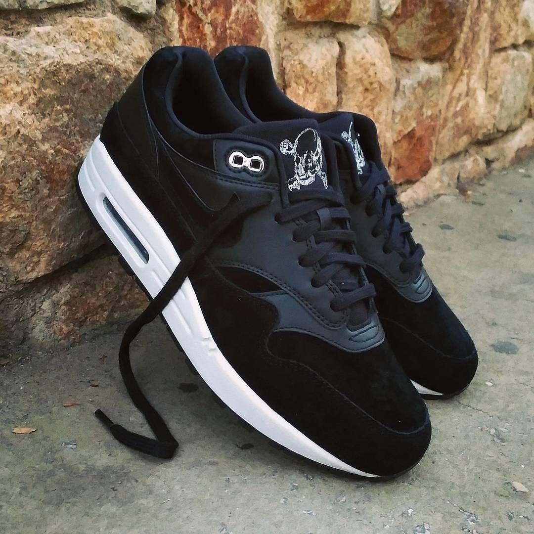 Nike Air Max 1 Premium Black Chrome Skulls Size Man - Precio  13990 (Spain 5a3f4b3aa1df