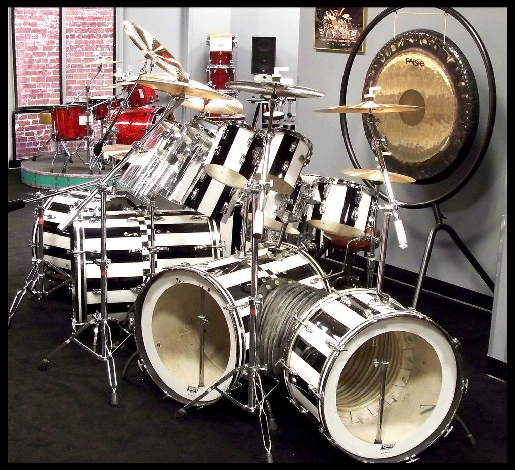 Alex Van Halens Drums Google Search Drums Ludwig Drums Alex Van Halen