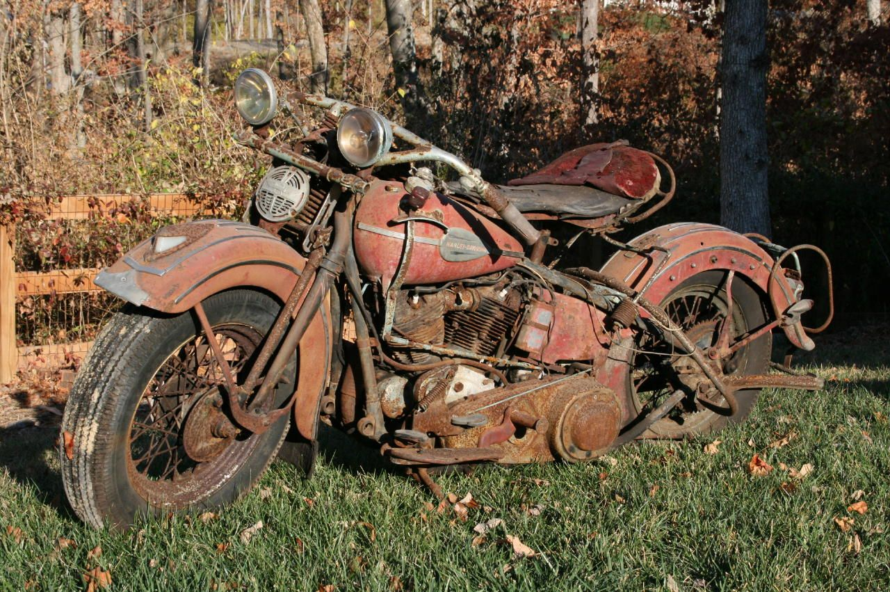 1940 Harley Knucklehead A Barn Find And Great One At Thatjust Waiting For Its New Lease On Life