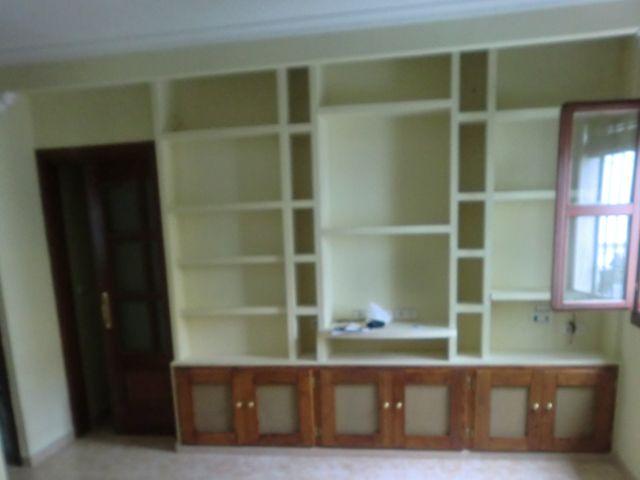 Mueble de escayola, hecho a medida, con toda la parte inferior ...