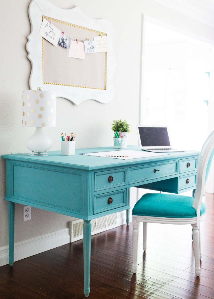 Chalk Paint Desk Makeover The Inspiration Board Chalk Paint Desk Desk Makeover Diy Painted Desk