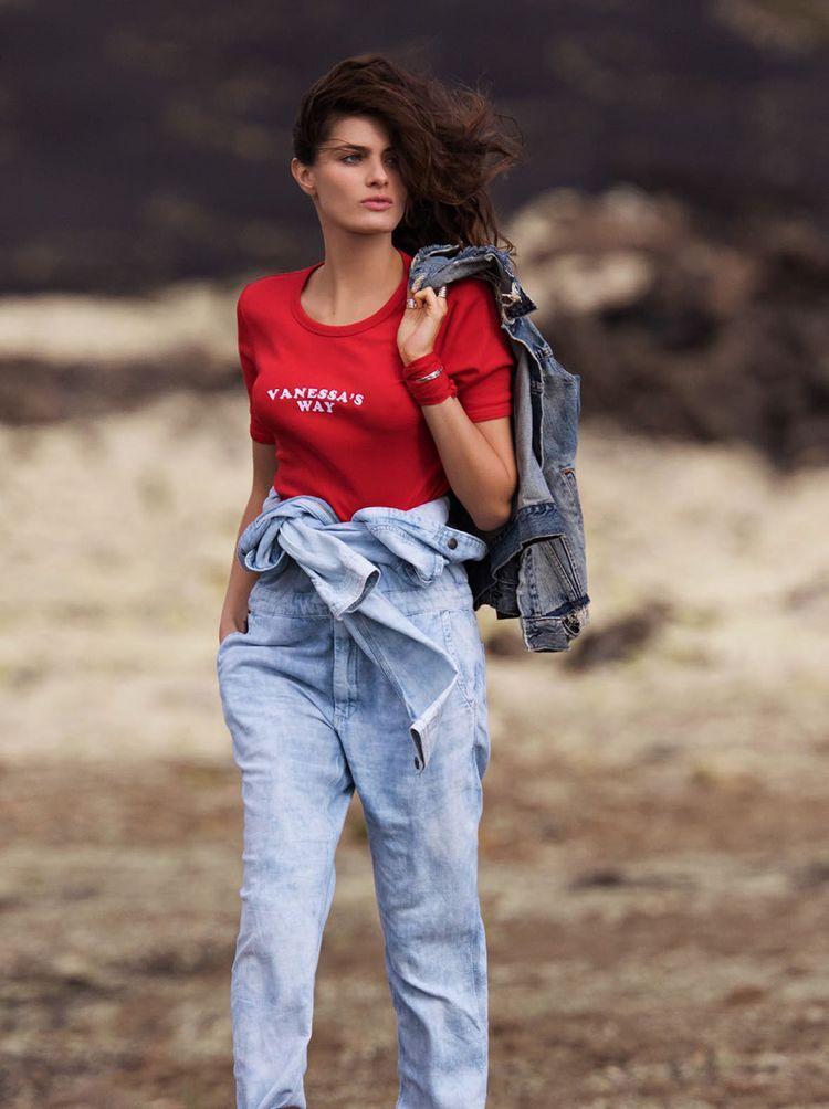 Isabeli Fontana wows in Morena Rosa summer 2015 campaign