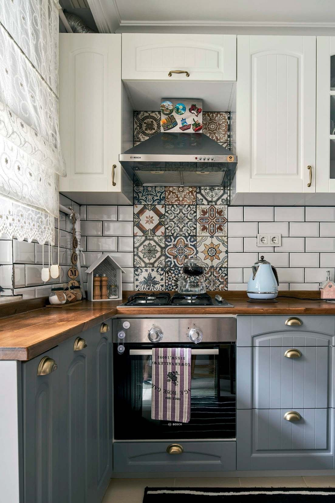 Love The Tile Accent Behind The Oven Kitchen Cabinets