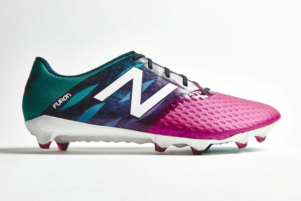 new balance football chaussures