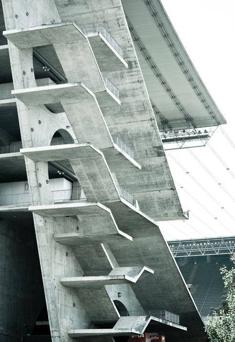 Estadio municipal de braga escaleras ficticias car for Escaleras arquitectura