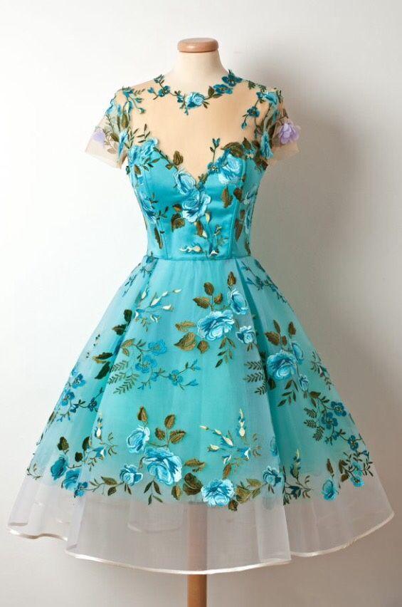 'Savarin' Dress available on www.chotronette.com