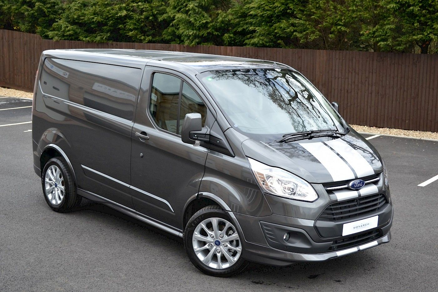 2016 16 Ford Transit Custom Sport 2 2tdci 155ps Magnetic Grey 2