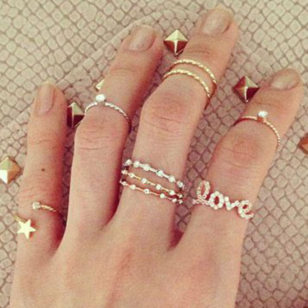 ff79d432bb30d 54 Hot Handscapes: How To Wear Stackable And Midi Rings With Style ...