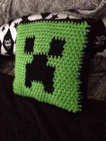 Handmade Crochet Minecraft Creeper 14x14 Pillow Crochet