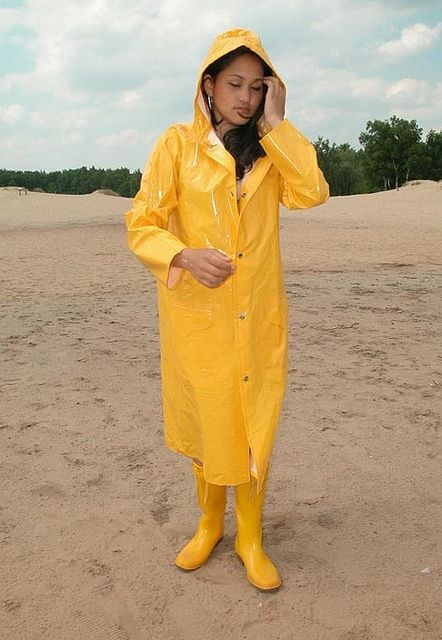 yellow pvc hooded raincoat rubber boots raingear pinterest hooded raincoat raincoat and. Black Bedroom Furniture Sets. Home Design Ideas