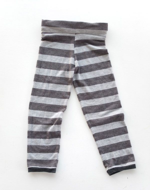 96860d884a306 The Thrifty Kid – Trapeze Leggings (or How to make Kids Leggings from an Old
