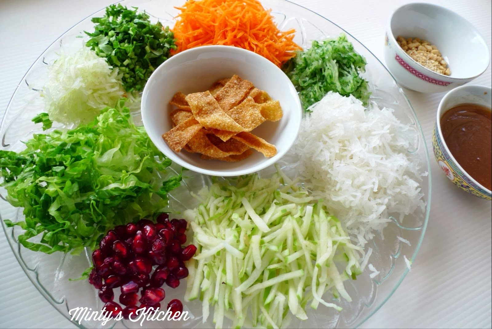 Chinese New Year Prosperity Toss / Lou Sang / Yee Sang (鱼生