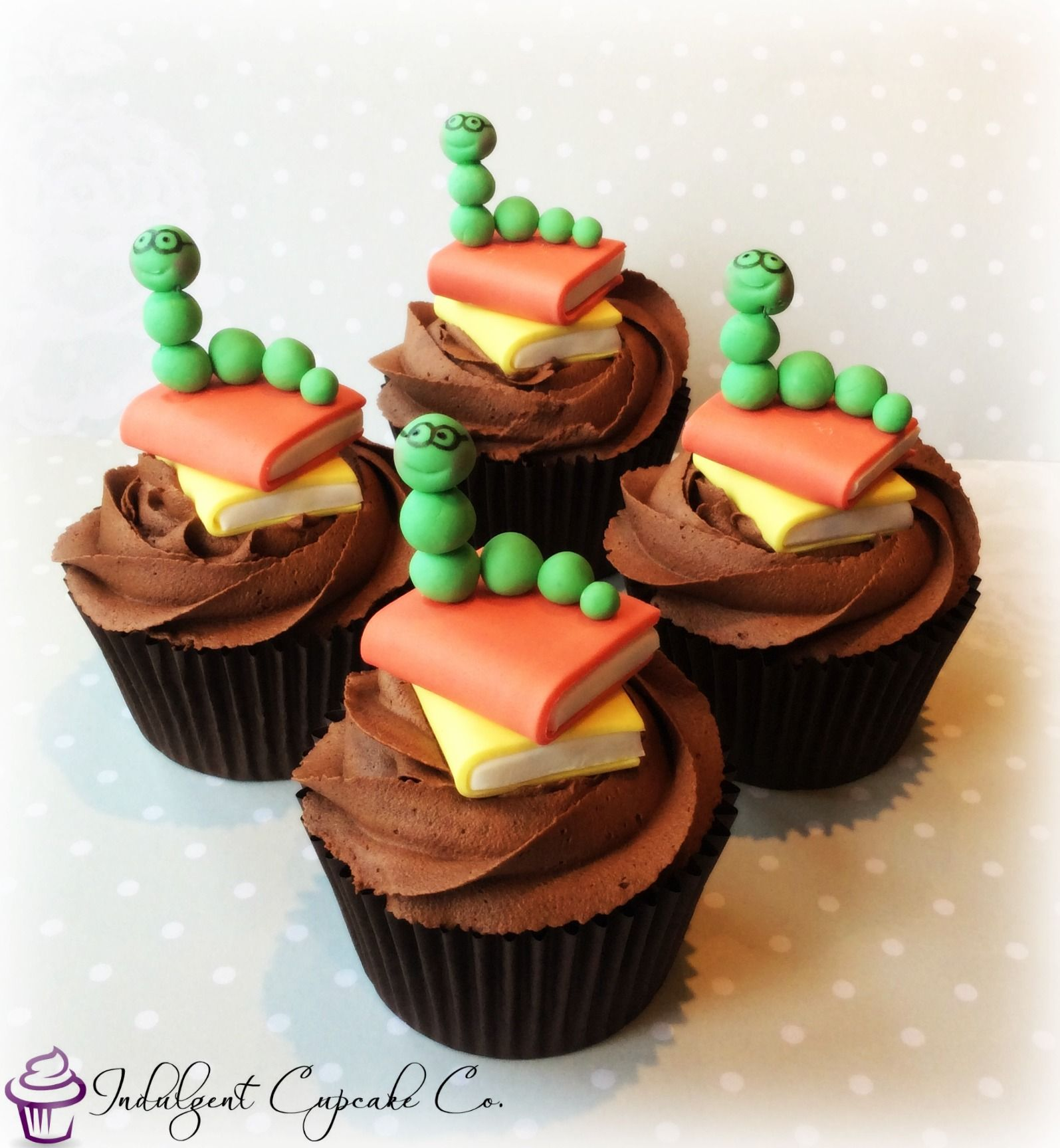 Cute Bookworm Cupcakes Cake Decorating Pig Cake Baking