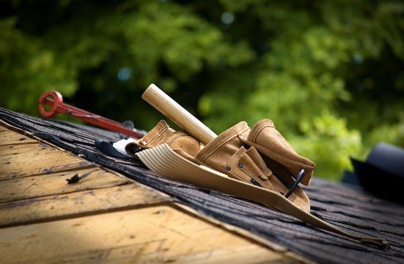 Best Handyman Services Near Me Find A Handyman Near You 2019 Diy Roofing Roofing Contractors 640 x 480