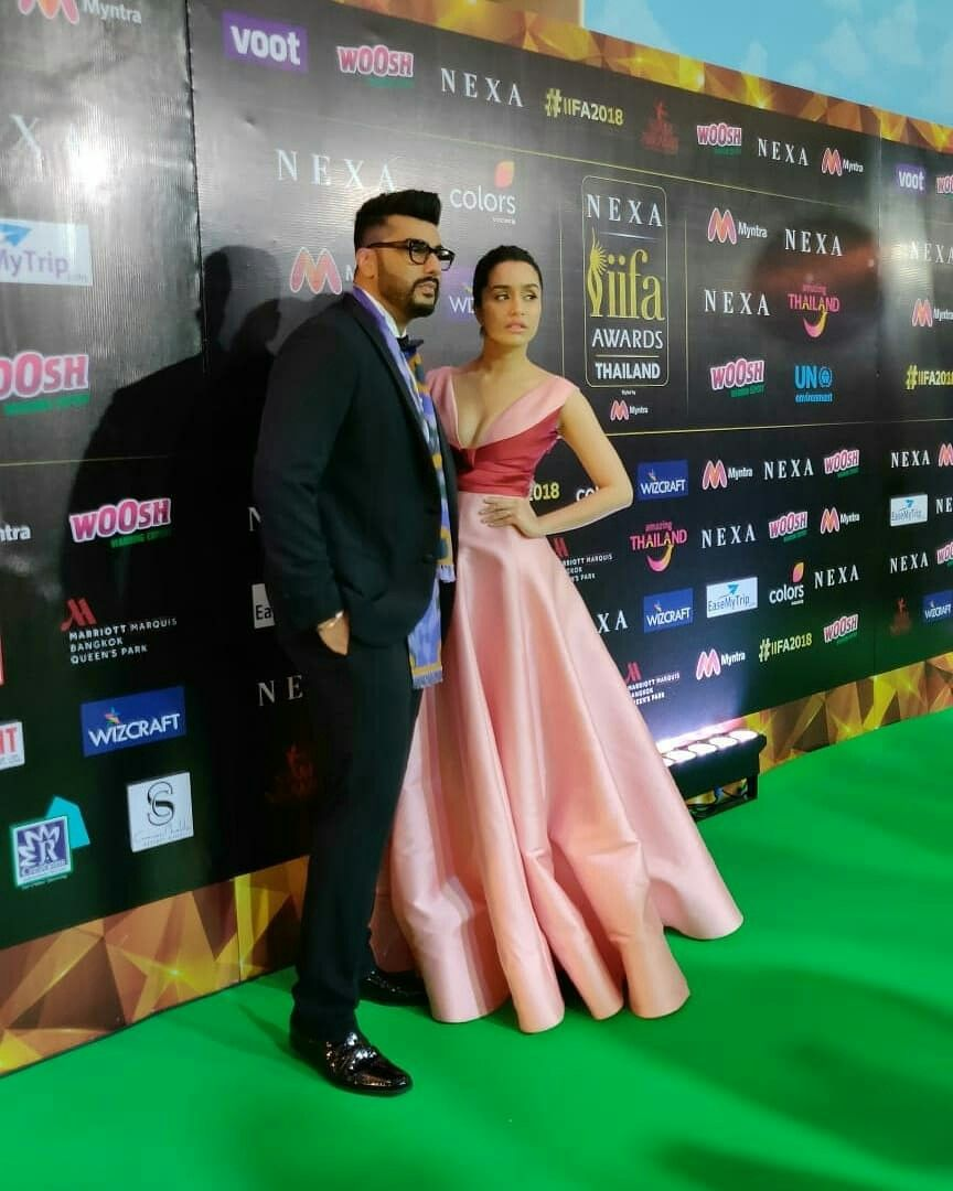 240618) IIFA 2018 Green Carpet! Day 3! Shraddha Kapoor and