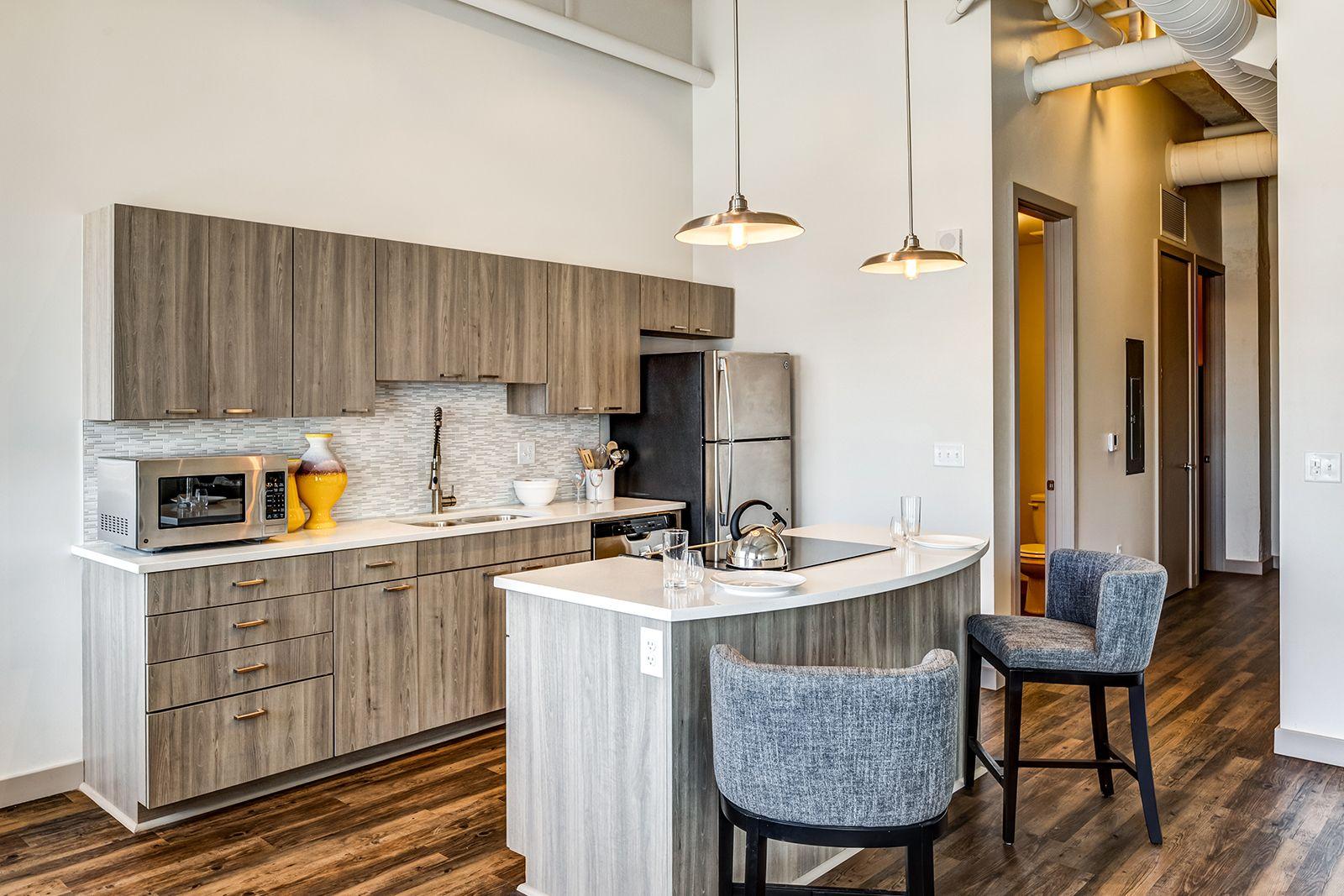 Each Residence Reveals Stunning Quartz Countertops Stainless Nickel Fixtures And Stainless Steel Appliances In 2020 Bedroom Floor Plans 3 Bedroom Floor Plan Apartment