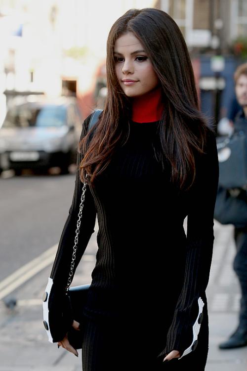 Selena Gomez Selena Gomez Hair Selena Gomez Hair Long Selena Gomez Haircut