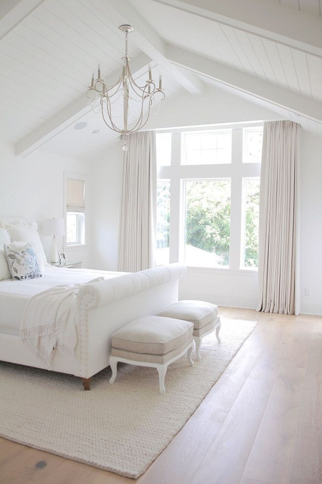 These Are Some Of The Best Colors To Paint Your Master Bedroom To Create A Relaxing Calm Space Master Bedroom Colors Bedroom Interior Vaulted Ceiling Bedroom