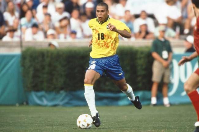 O sucesso na Europa elevou o status de Ronaldo 0b3046e77fd88