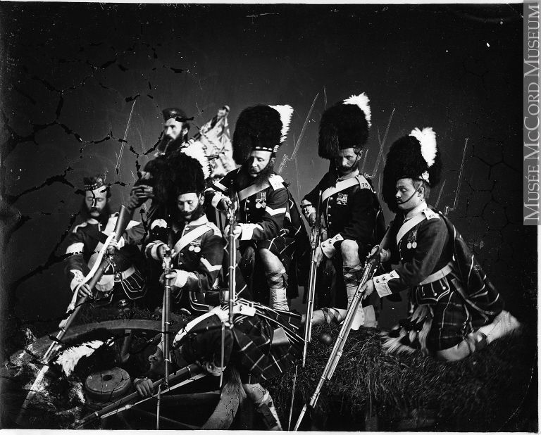 I-27617 | Group of soldiers of the 78th Highlanders, Montreal, QC, 1867