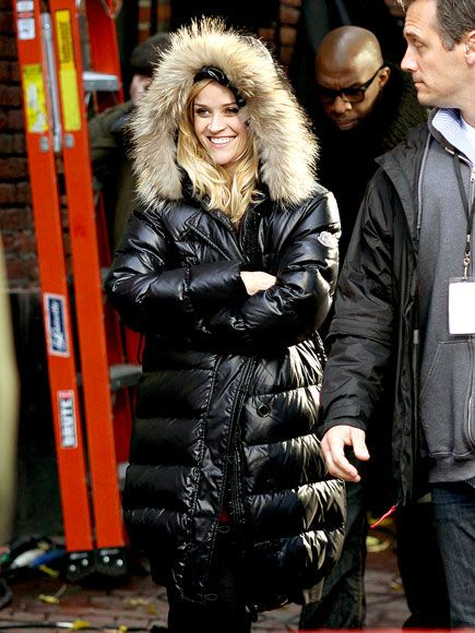 d02e8f555bc9 Reese Witherspoon doudoune Moncler