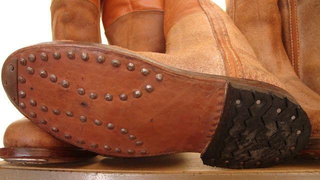 cb1d78c82ee BOTAS CARDADAS | Clint Eastwood | Clogs, Shoes, Clint eastwood