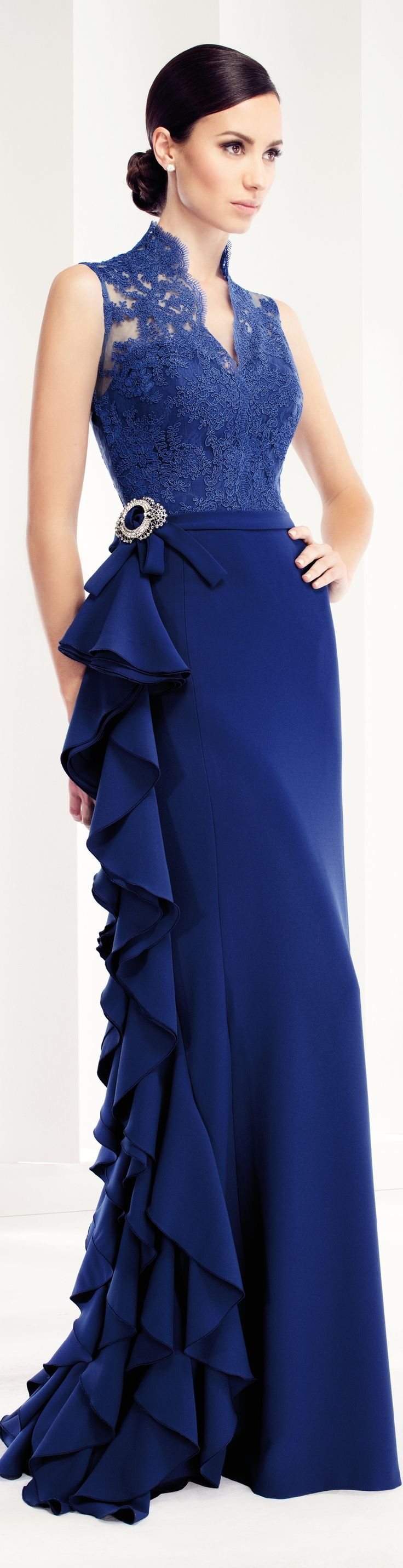 Vestidos de fiesta azul marino de encaje
