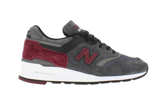 "New Balance 997 ""Made in USA"" <a href=""5.aspx?ProdID=f088151c-dea6-42db-8f54-f2b2db7280d0&CatID=f038f123-a7fc-493a-8e58-c1d619e2cd84&sr=0&page=1"">Commander</a>"