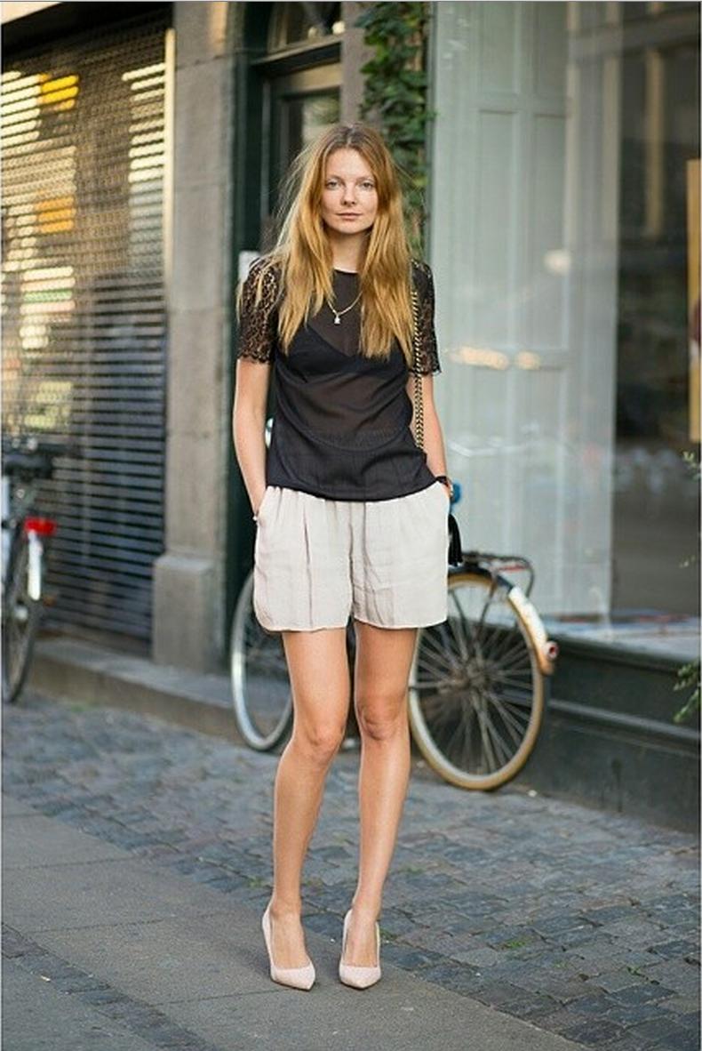#EnikoMihalik rocking tres chic shorts #offduty in Copenhagen.