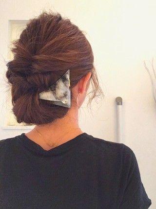 今更聞けない あのヘアアクセの使い方とアレンジ方法をご紹介