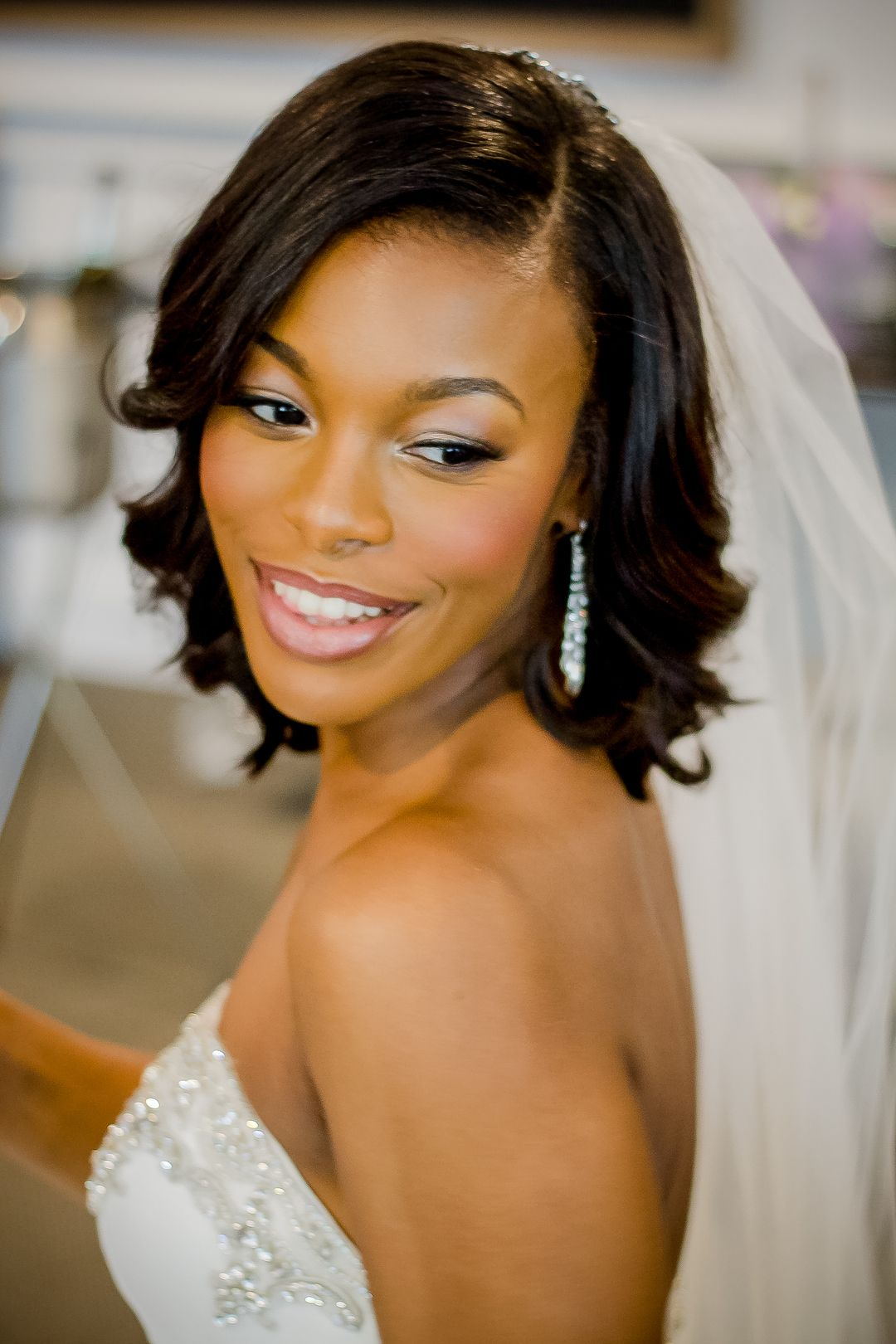 Classic bridal look, wedding makeup inspiration, pink