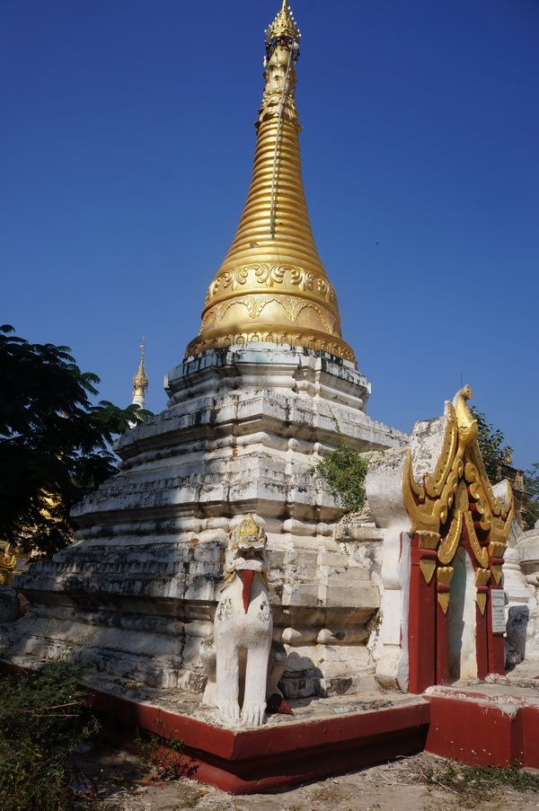 Burmese Lion guardians  - Myo Thar Pagoda, West of Mandalay