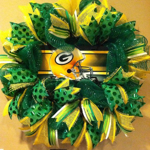 Green Bay Packers Wreath Packers Sport Wreath Deco Mesh Wreath On Etsy 62 00 Green Bay Packers Wreath Packers Wreath Green Bay Packers Crafts