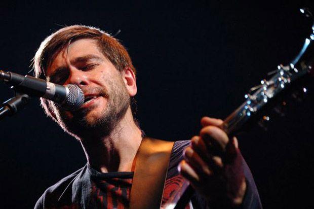 «Сплин» переиздали три альбома на виниле и один на CD http://muzgazeta.com/rock/201433859/splin-pereizdali-tri-alboma-na-vinile-i-odin-na-cd.html
