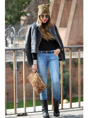 Ellie Outfit   Otoño 2012. Combinar Chaqueta-Cazadora Negra Mango, Jeans Azul Petróleo Zara, Gorro-boina Marrón suave H