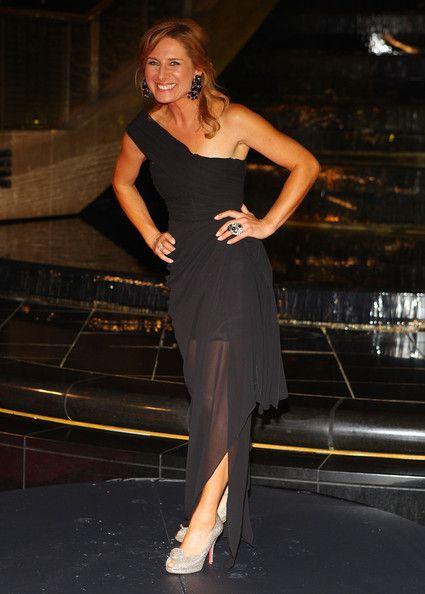 Libby Tanner in 2011 Logie Awards - Arrivals