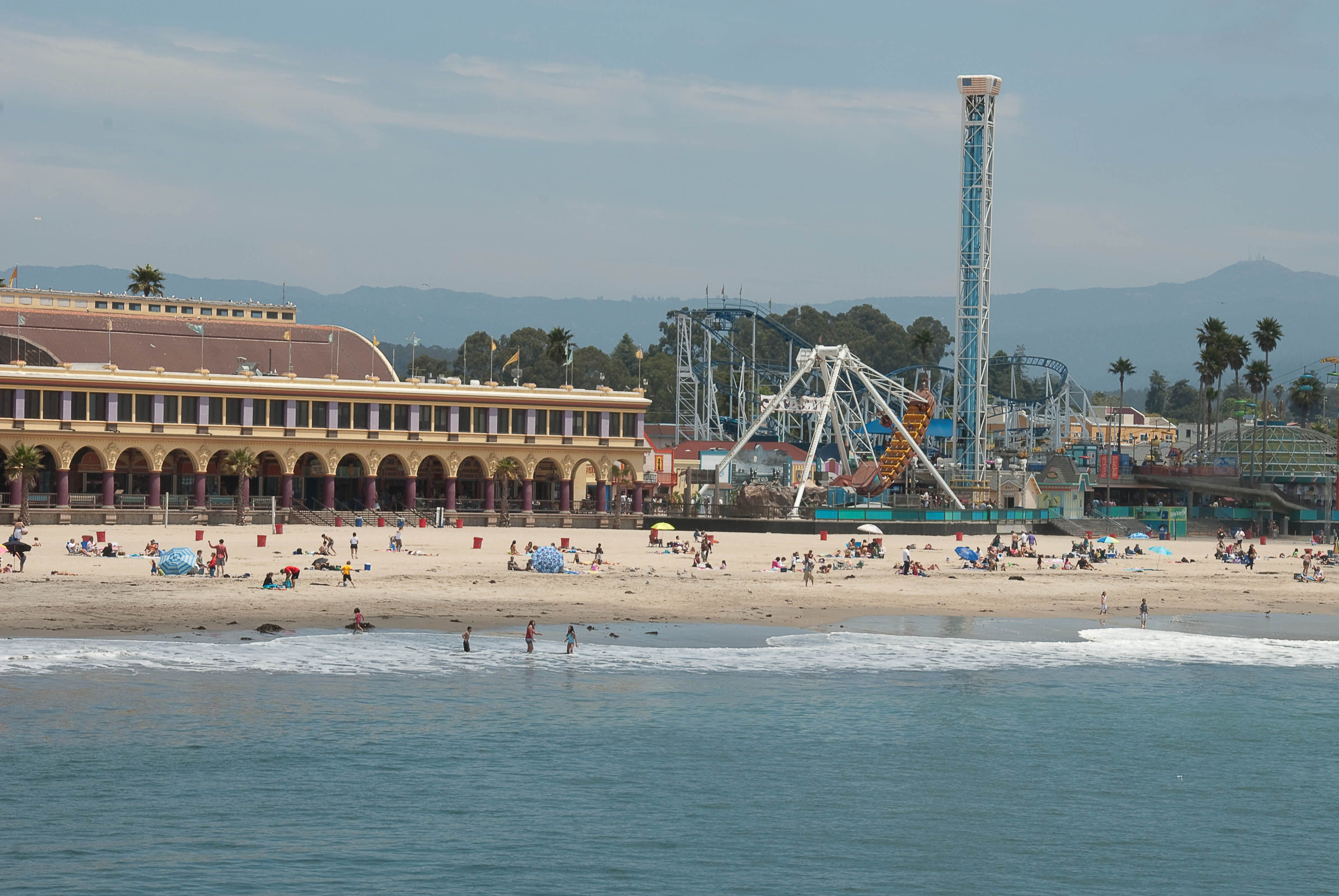 Santa Cruz Beach Boardwalk Is Awesome