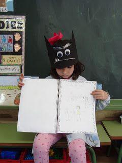 """A María le ha tocado llevarse El libro del miedo y nos ha contado que a ella le da miedo """"El toro de fuego"""".    María y El libro del miedo  ..."""