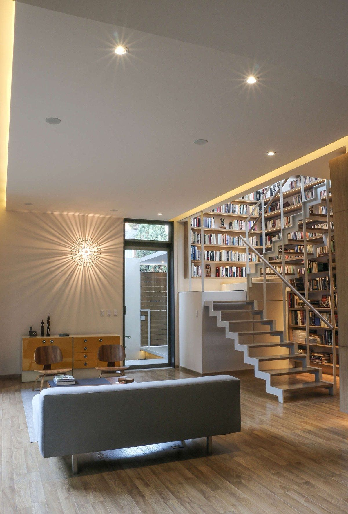 Ever Wanted Your Own Book Lined Wall This 1937sqft Home In Mexico City