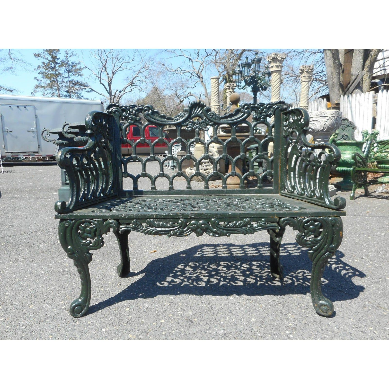 Sculpted Cast Iron Bench in 2020 Cast iron bench, Iron