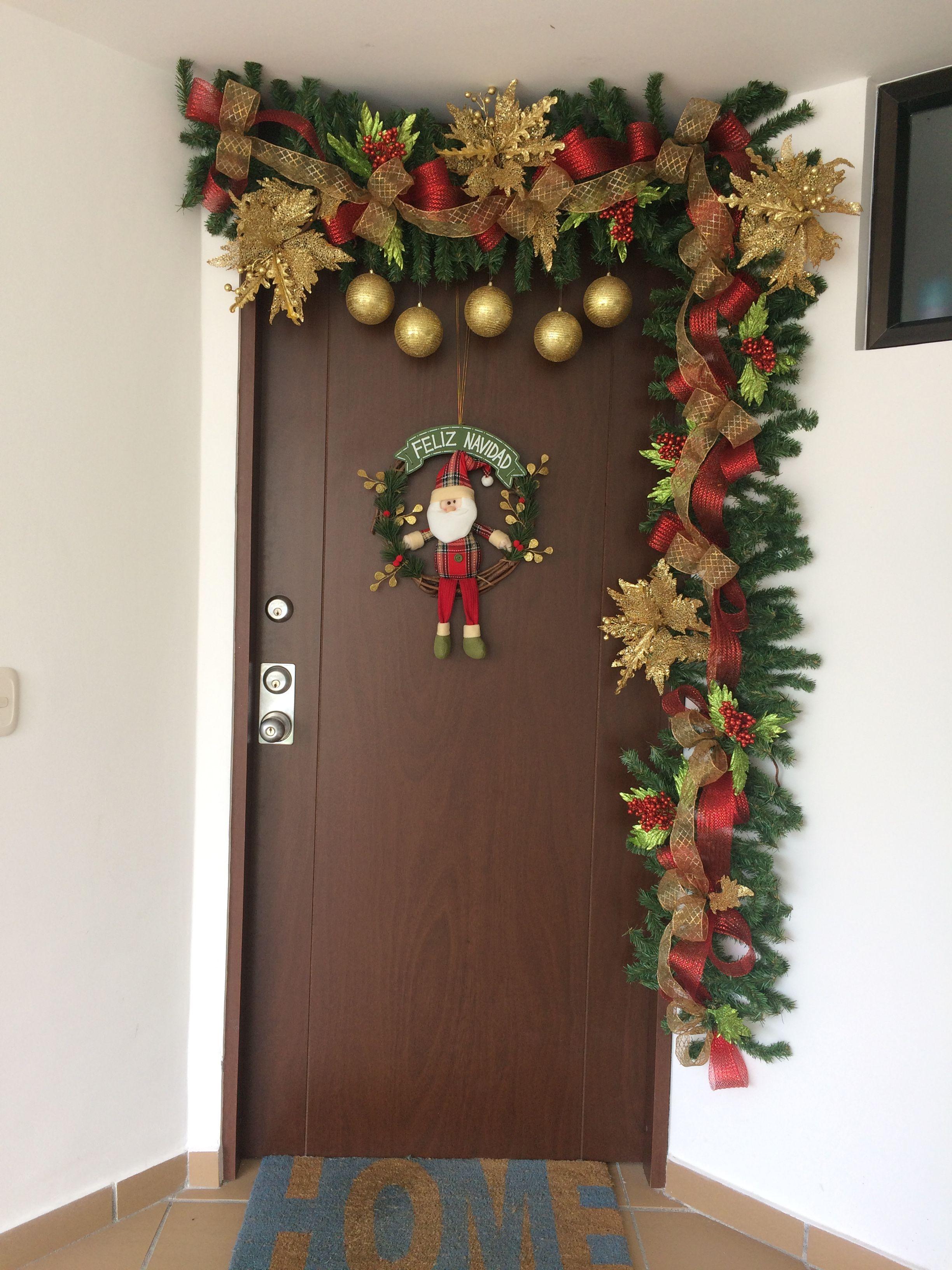 Arreglo navide o puerta decoracion arbol de navidad - Adornos navidenos para puertas ...