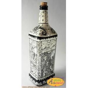 Botella Decorada con Historia