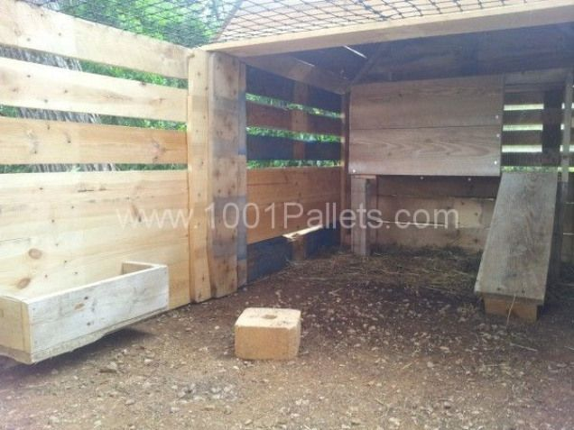 Rabbit's house / Rabbit's house   1001 Pallets #rabbithouses,  #1001palletsdiy #House #pallets #Rabbit39s #rabbithouses