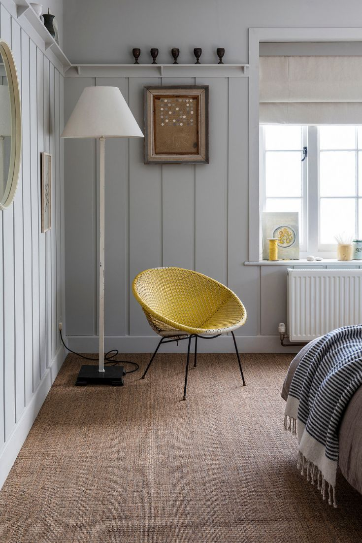 No Bother Sisal Bouclé Netley carpet is versatile and available with 4m and 5m wide carpet options. Add a contemporary touch to the bedroom with this natural weave flooring.