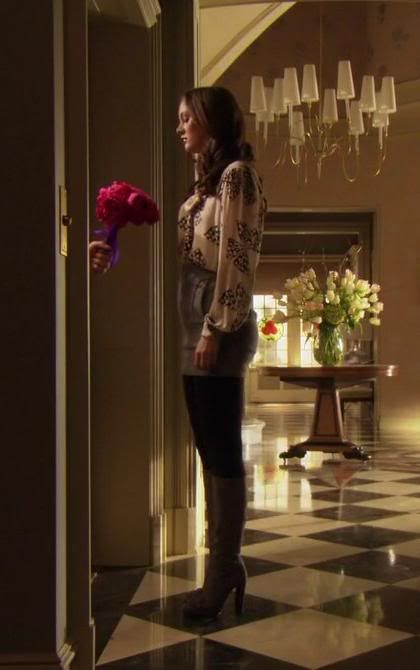 Blair Waldorf 2x15 Milly blouse, See by Chloé skirt