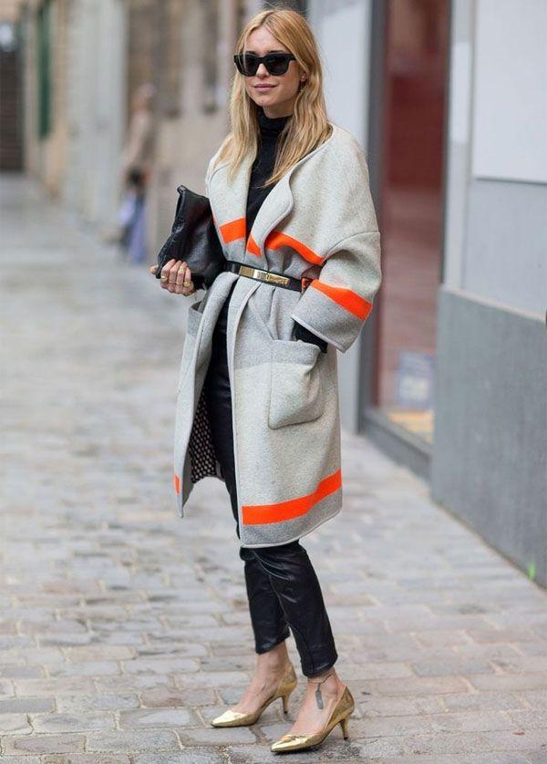 calca-couro-preta-casaco-colorido-cinto-por-cima-street-style