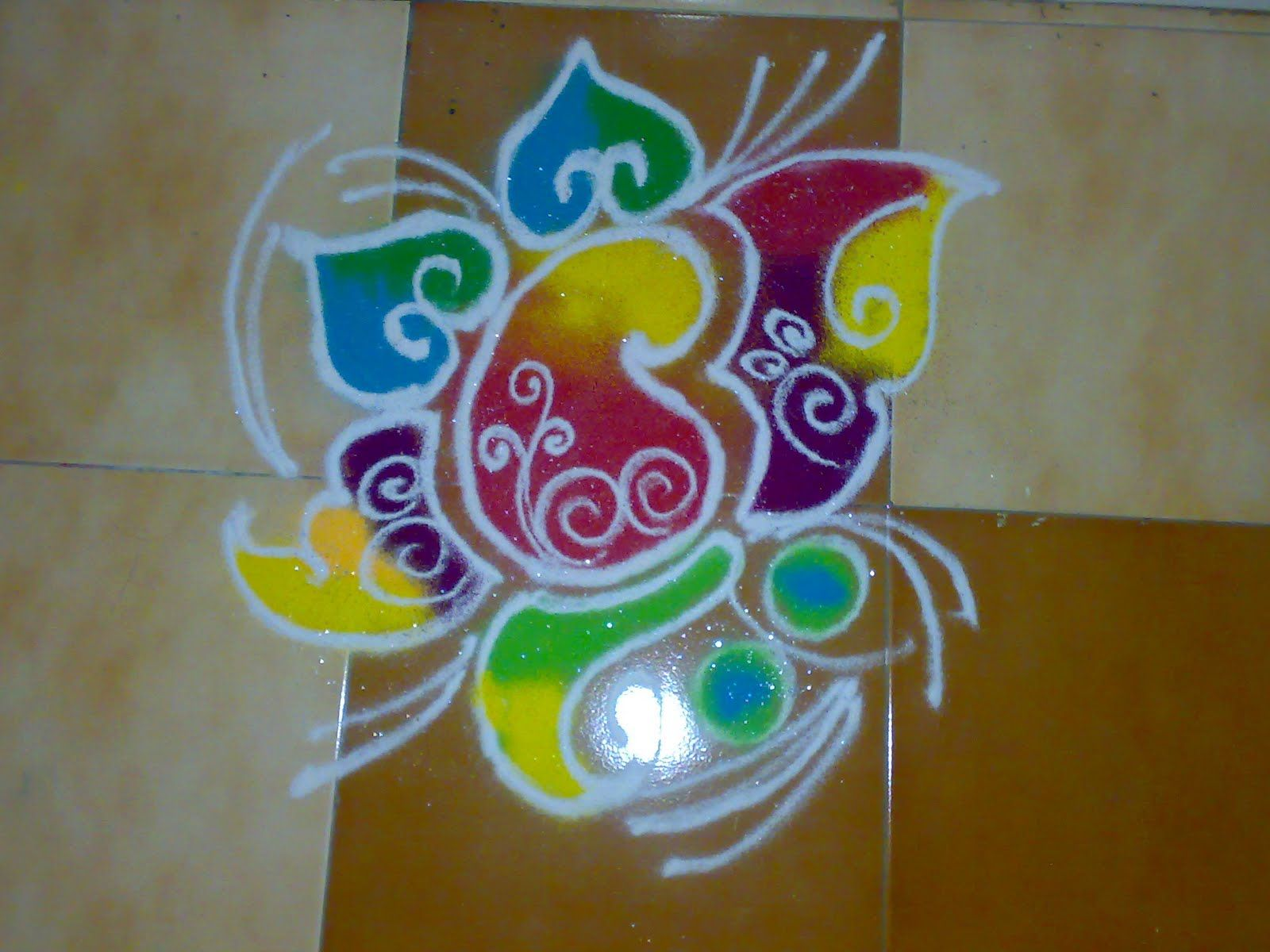 Pin By Kriti Upadhyay On Rangoli Designsmade By Colours - 50 best simple rangoli design special diwali wallpapers hd free download