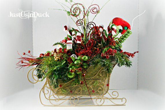 Santa Sleigh Centerpiece, Christmas Centerpiece, Candy Cane decor